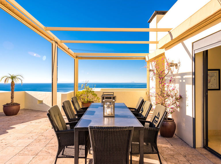 penthouse luxe vue sur mer immobilier marbella terasse
